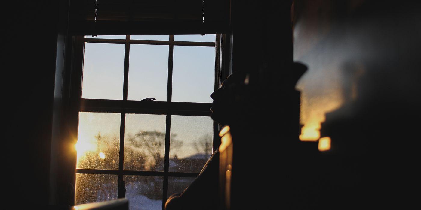 Die Einsamkeit, nachts an einem Küchenfenster zu stehen - DAS MILIEU